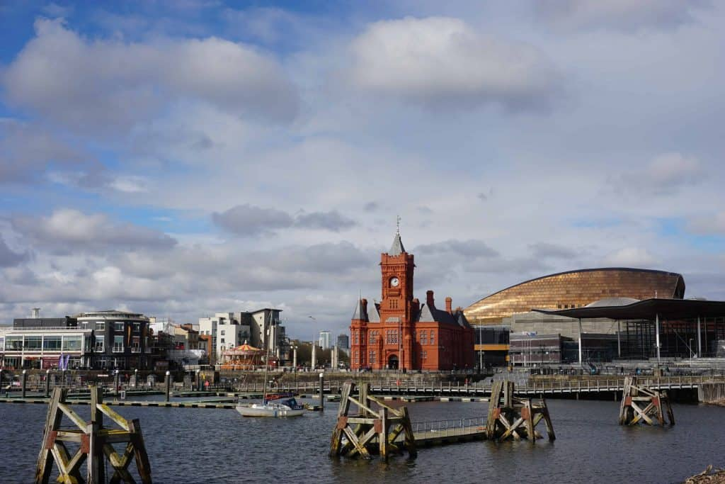 cardiff bay waterfront-pierhead building