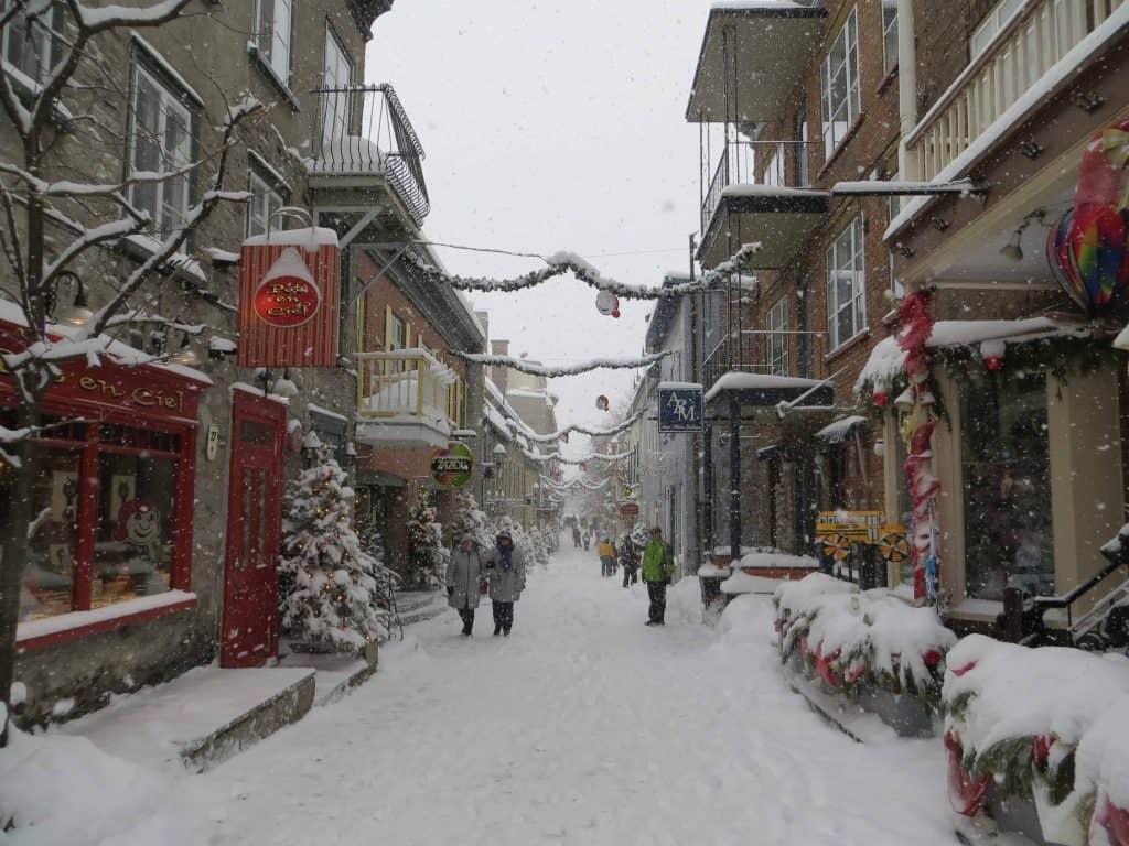 quebec-rue petit champlain-winter