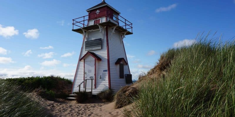 red and white lighthouse-covehead-prince edward island