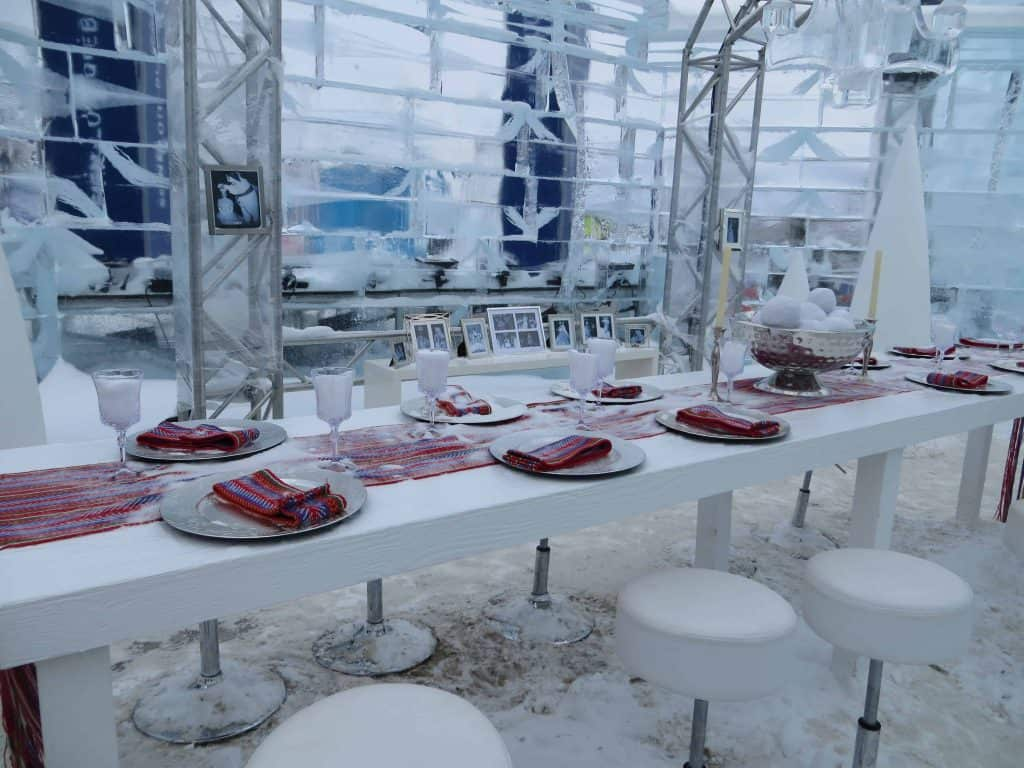 quebec winter carnival-bonhomme palace dining table