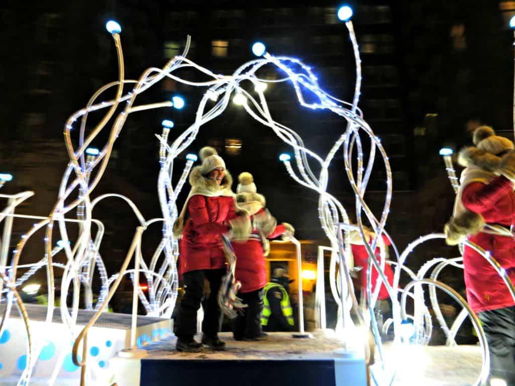 quebec carnival-night parade float