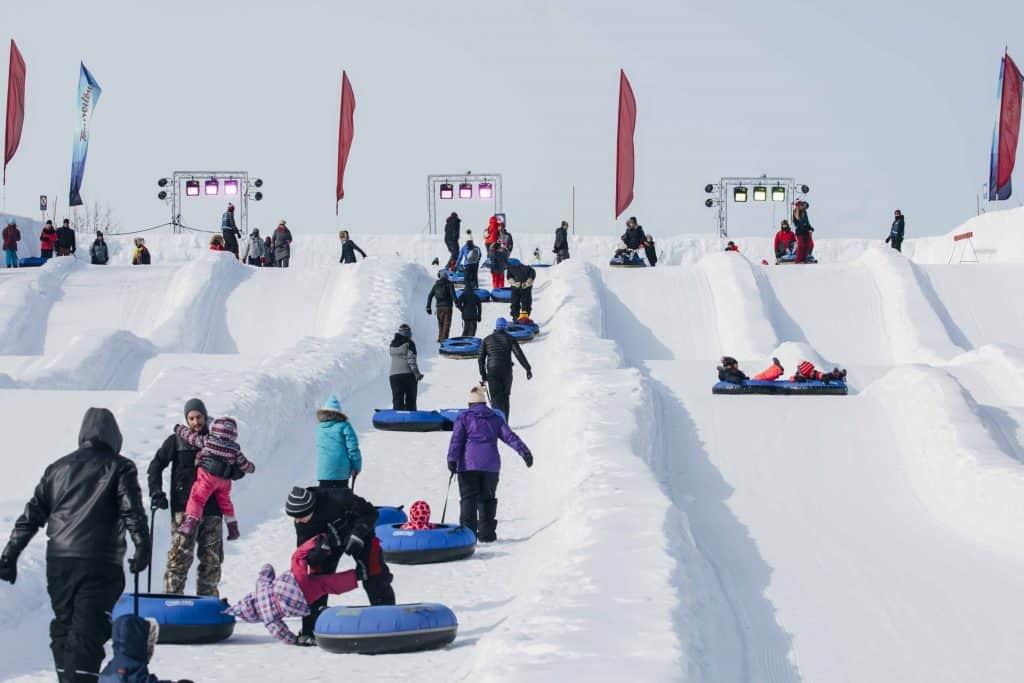 Ottawa winterlude-snowflake kingdom snow slides