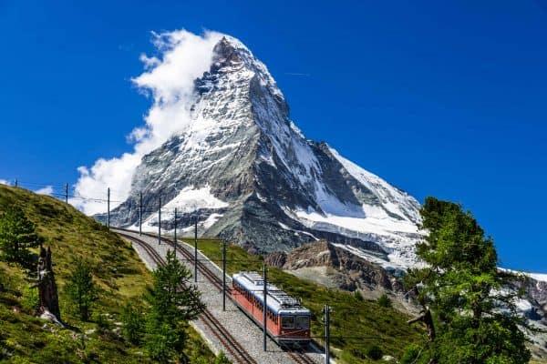 switzerland-matterhorn-train